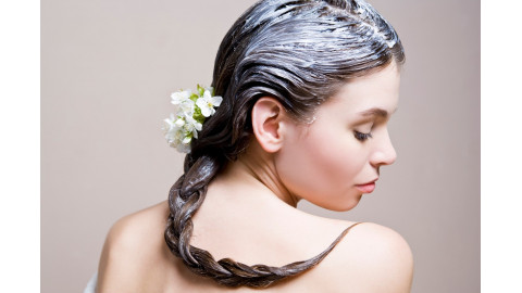 Натуральные маски для волос: увлажнение и восстановление.